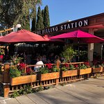 Filling Stationの写真
