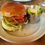 Super lekkere dubbel cheese and bacon hamburger...gewoon zalig lekker!