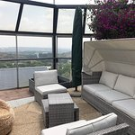 Pablo House is at the highest point in Melville with views across the koppies to Sandton CBD. Co