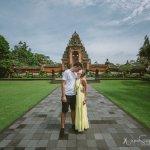 Honeymoon photo tour with Karl