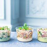 une offre de salades renouvelée chaque saison qui peut convenir à tous les régimes alimentaires.