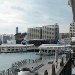 カモンワーフ2Fから眺めた桟橋