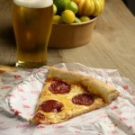 Beer + Pepperoni´s slice. Best combination ever.