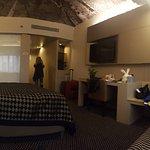 תמונה פנורמית של החדר