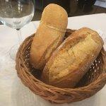 Ración de pan, incluido en el menú