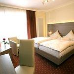 Zimmerbeispiel Komfort im Gästehaus
