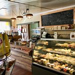 Foto de The Upperville Country Store