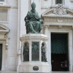 Statue of Pope Sixtus V