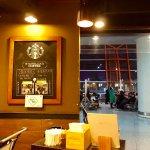 Starbucks (Shou Dou Guo Ji Ji Chang Ba) 2