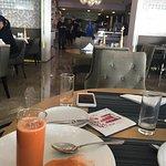 Jumeirah Etihad Towers Hotel Residences Photo