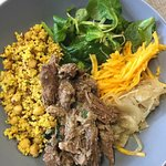 Buddha bowl d'aiguillette de bœuf&canard confit...