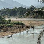 vue sur le pont de bambou