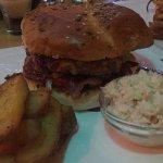 Suelto Bistro, Barbecue Burger