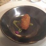 Croqueta de erizo y buey de mar