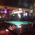 Sandy's Tavern resmi