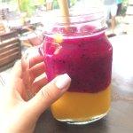 Смузи манго-драгон фрукт