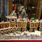 Ein duftender Lebkuchenzug empfängt die Gäste im Advent.