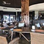 Photo de Hotel Hangaroa Eco Village & Spa