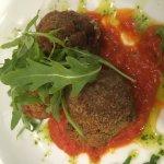 Pizza main & meat ball starter