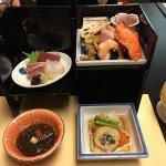 5F 京懐石の「雲海」さん この他にも天ぷら・茶碗蒸し・炊き込みご飯・お吸い物 ・デザート・飲み物 がついて3,500円のコースでした。美味しくお腹もいっぱいになりました