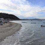 海岸線の漁船