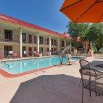 Foto de Red Roof Inn & Suites Addison