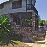 Citronella, Cove House