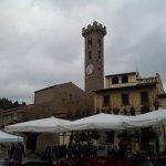 Foto Piazza Mino
