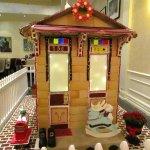 Roosevelt Hotel gingerbread house