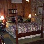 Photo of Fairlawn Inn