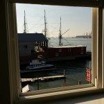 Harbor House Hotel & Marina at Pier 21 Photo