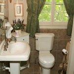 Standup shower bathroom in the Lyn Suite.