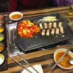 Pork belly with kimchi bapsang