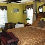 Photo of Stirling House Bed and Breakfast