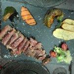 carne a la brasa en el Coso Argentino