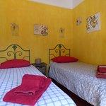 Twin Bedroom Geranium - Villa Sintra