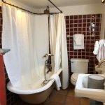 Charming bath in the Igor Stravinsky room