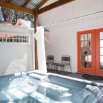 Private Hot Tub - Cottage 3 - Orange