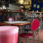 Foto de De Una Travel Bar