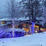 FairmontHS Christmas lights-lodge view