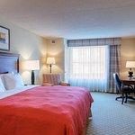 Photo of Country Inn & Suites by Radisson, Fredericksburg, VA