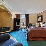 Photo of Howard Johnson Plaza Hotel Windsor