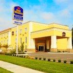 Photo of Best Western Plus Eastgate Inn & Suites