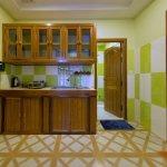 Family Suite (kitchen)