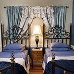Twin Beds in Louix the XIV