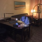 Embassy Suites by Hilton Fayetteville/Fort Bragg Foto