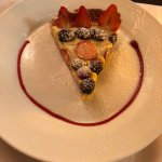 fresh berry tart - delicious!