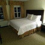 Room 311 King Bed