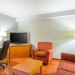 Photo de Comfort Suites Glen Allen