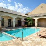 Photo of Days Inn & Suites Llano